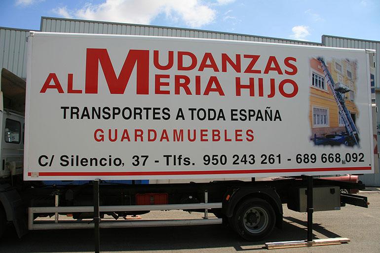 Camión Mudanzas Almería hijo